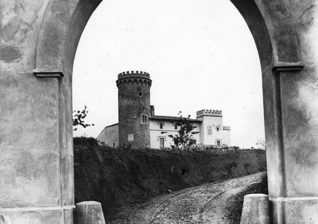 La Torre Salvana al segle XX. Com podeu veure, encara estava en perfecte estat.
