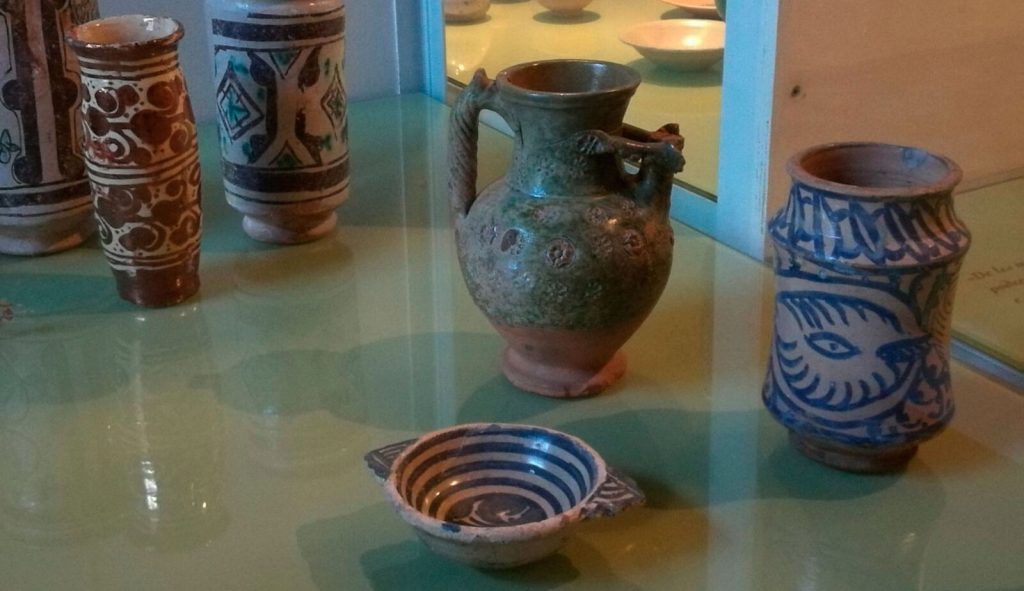 Ceràmica medieval de Pedralbes, utilitzada per fins medicinals