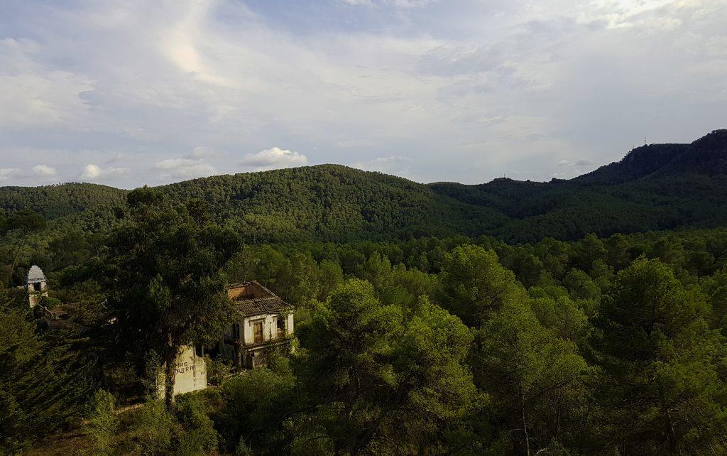 Mas Pitarra i l'antiga Vall de la Santa Creu, d'ençà l'ermita